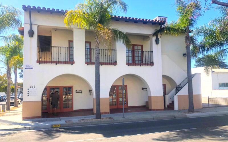 219 W. Carrillo St.