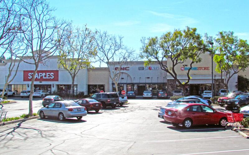 Sycamore Village Shopping Center